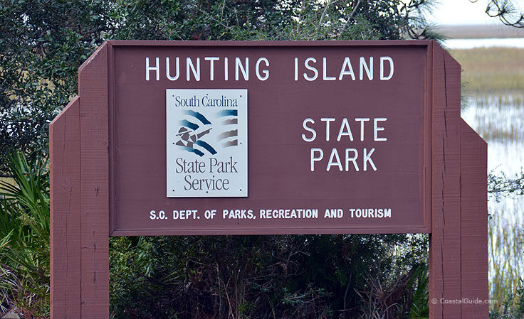 Welcome sign at Hunting island State Park